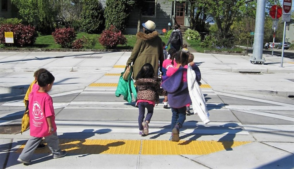 Speak up for Sidewalks and Schoolkids!