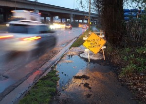 bicyclist-must-dismount-west-seattle